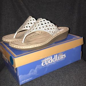 COBBIE CUDDLERS SOFT LEATHER SANDAL/THONG